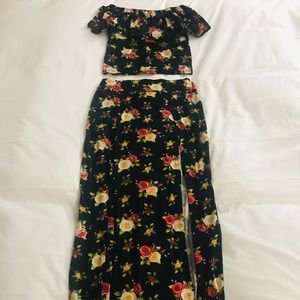 Other - Beautiful crop top and skirt set